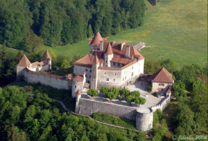 a majestic castle to visit during your visit in Switzerland