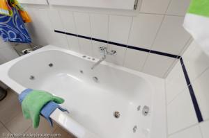 jet bathtub